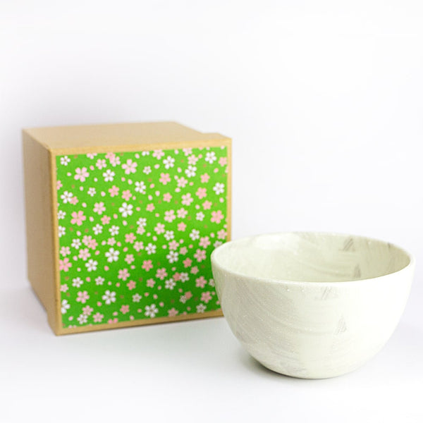 HARU White Chawan for matcha in kraft gift box