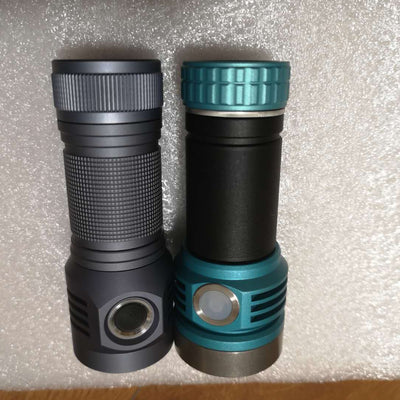 Amutorch X9 3*SST40 4500lm LED Flashlight
