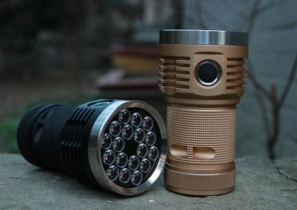 Emisar D18 18x SST20 Luminus 14000lm LED Flashlight