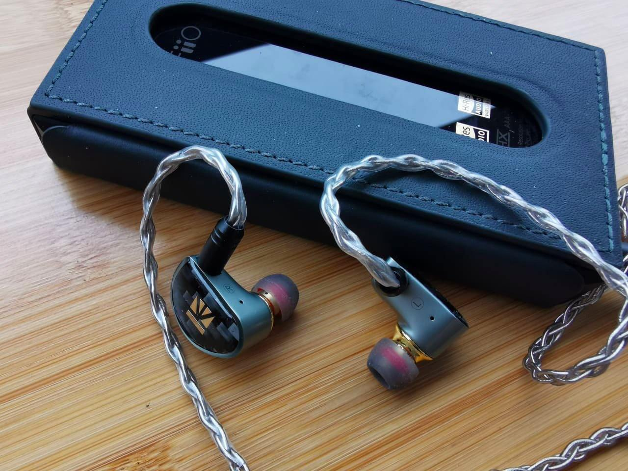 KB EAR Diamond IEM Quick Review: Budget Friendly Quality Music!!!