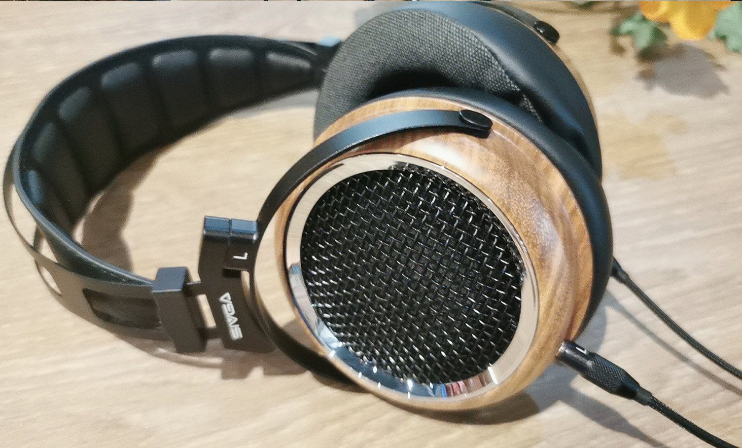 Sivga Phoenix Headphone Quick Review: Wooden Open-Back Pleasure