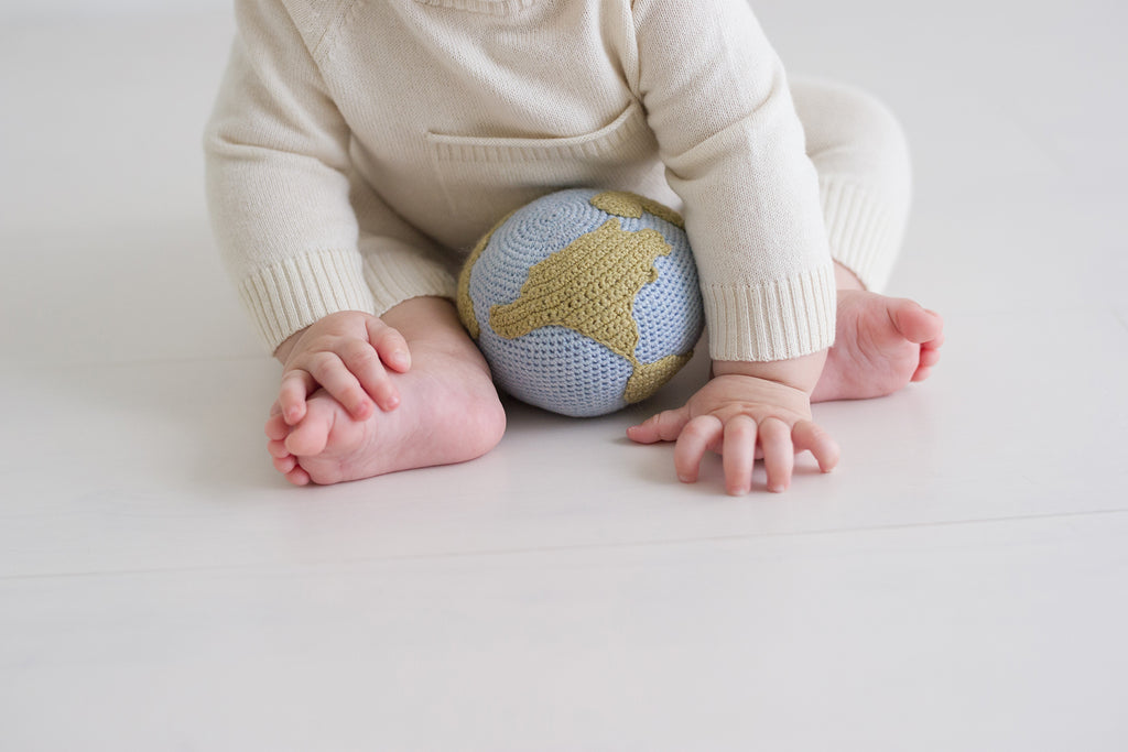 Crocheted Globe Rattle