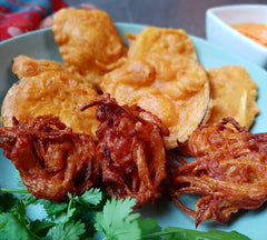 Bhajias and Onion Pakoras