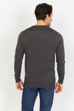 Load image into Gallery viewer, Lightweight Merino Wool V-Neck Jumper