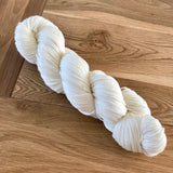 Undyed yarn (75 super wash merino 25% nylon) 4 ply / fingering weight