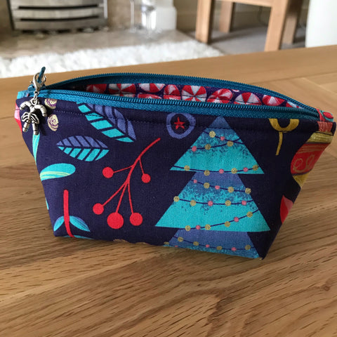 Nutcracker print notions pouch
