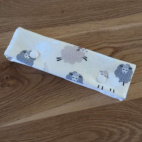 Spring Sheep print DPN case / cosy