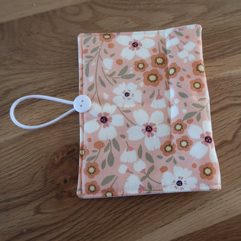 Coral flower print Circular Needle case