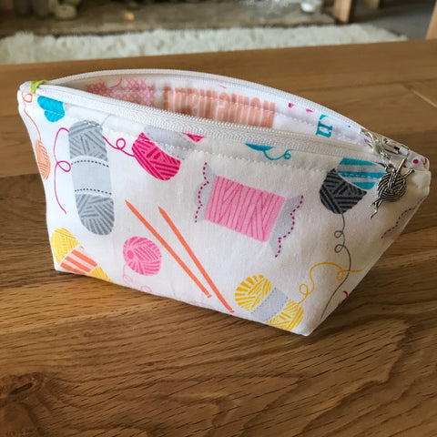 Knitting print notions pouch