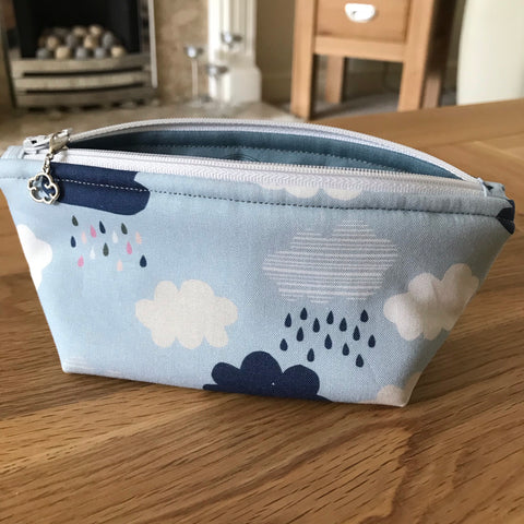 Cloud print notions pouch