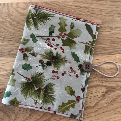 Holly print Circular Needle case