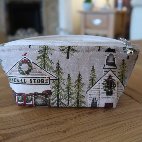 Snow Village print notions pouch