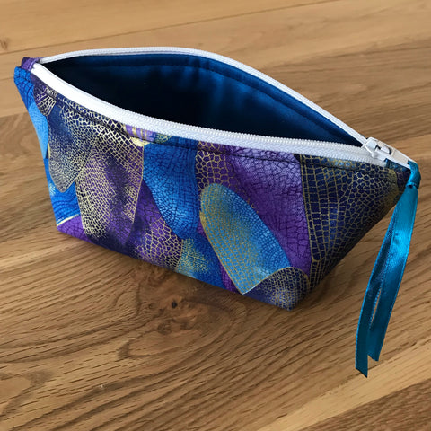 Dragonfly notions pouch