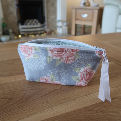 Rose print notions pouch