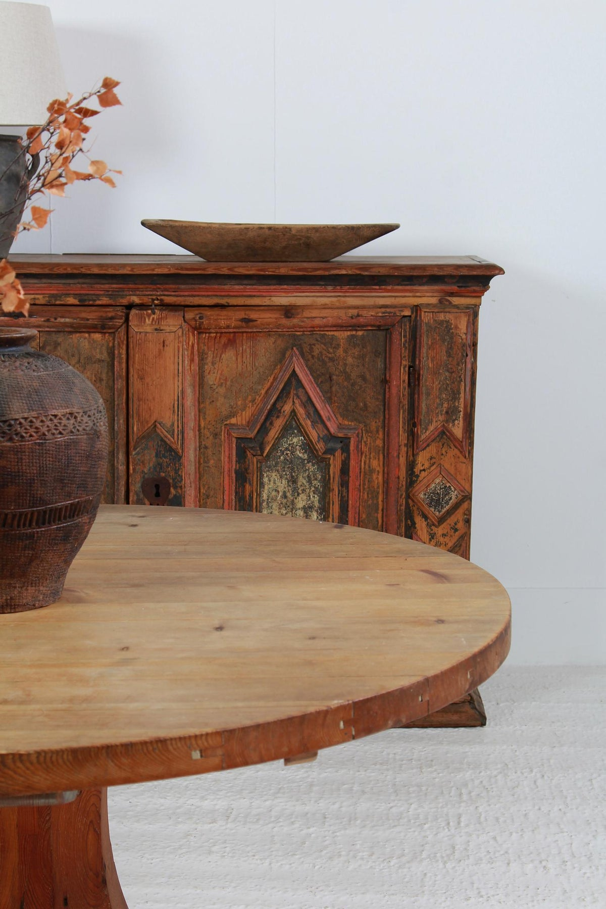 Swedish 19thC Pine Circular Dining/Centre Table with Pedestal Base