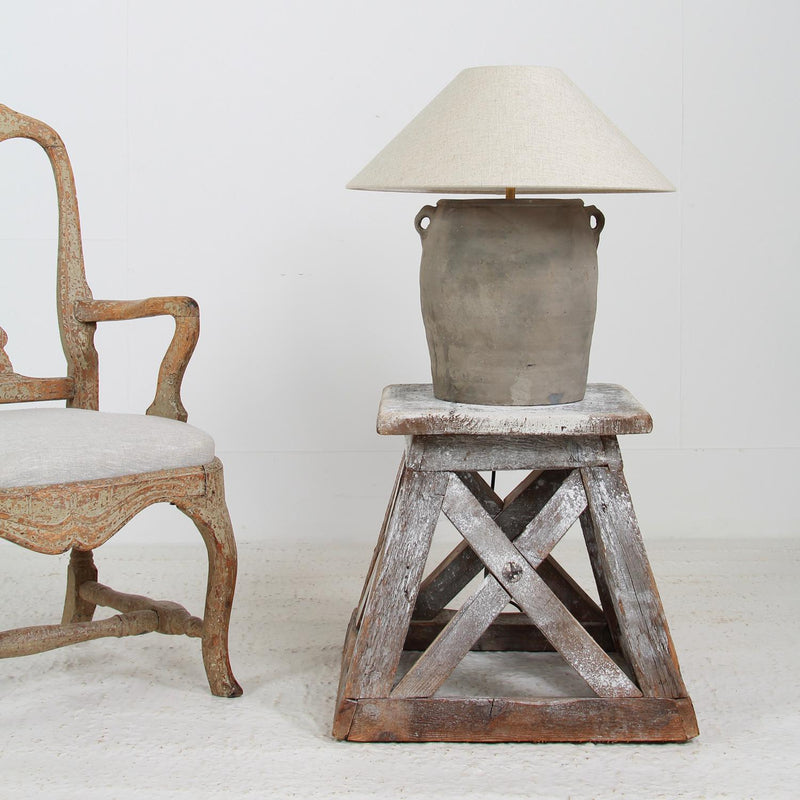 RUSTIC CHINESE TERRACOTTA TABLE LAMP WITH NATURAL LINEN SHADE