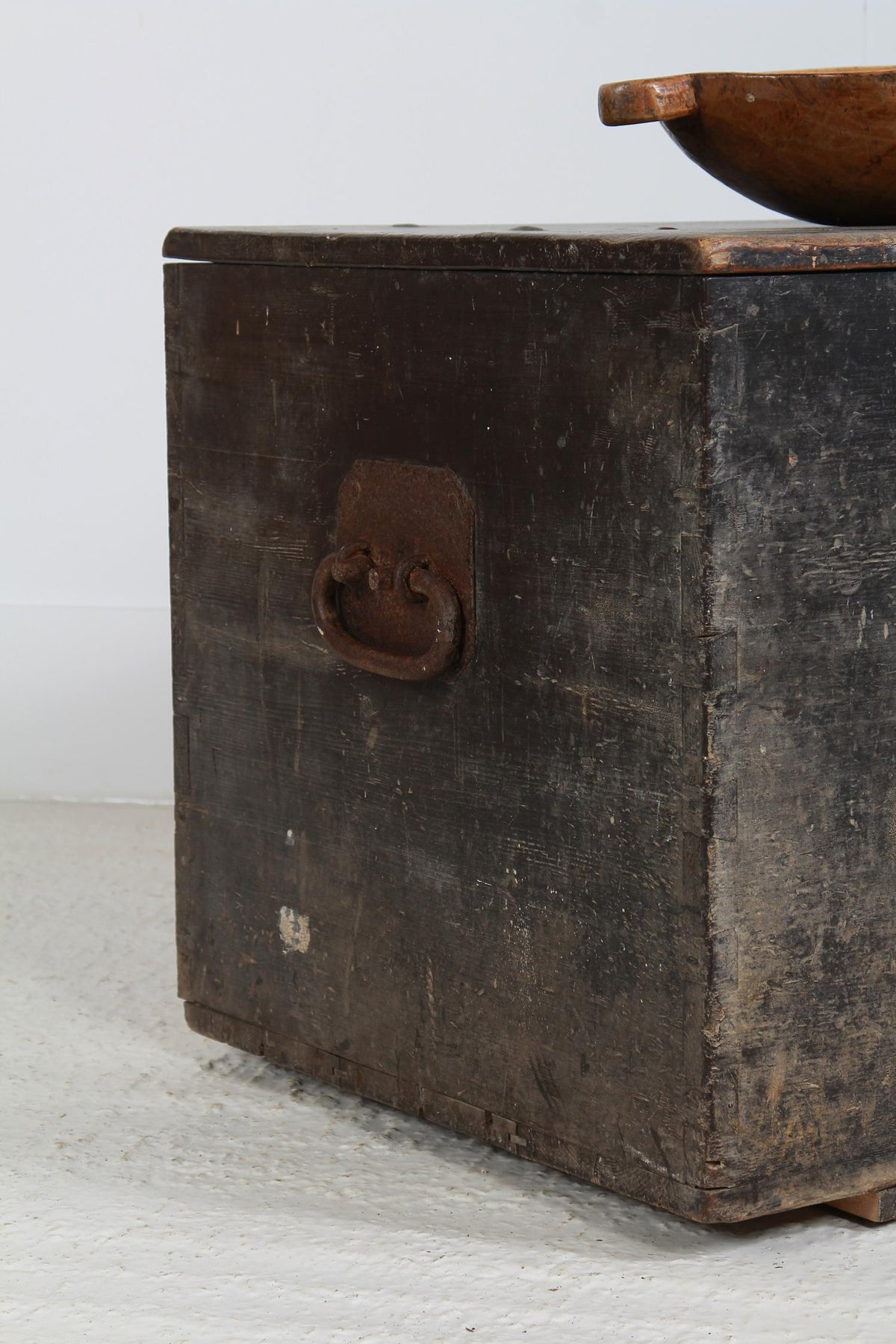 Incredibly Handsome English Antique Carriage Chest
