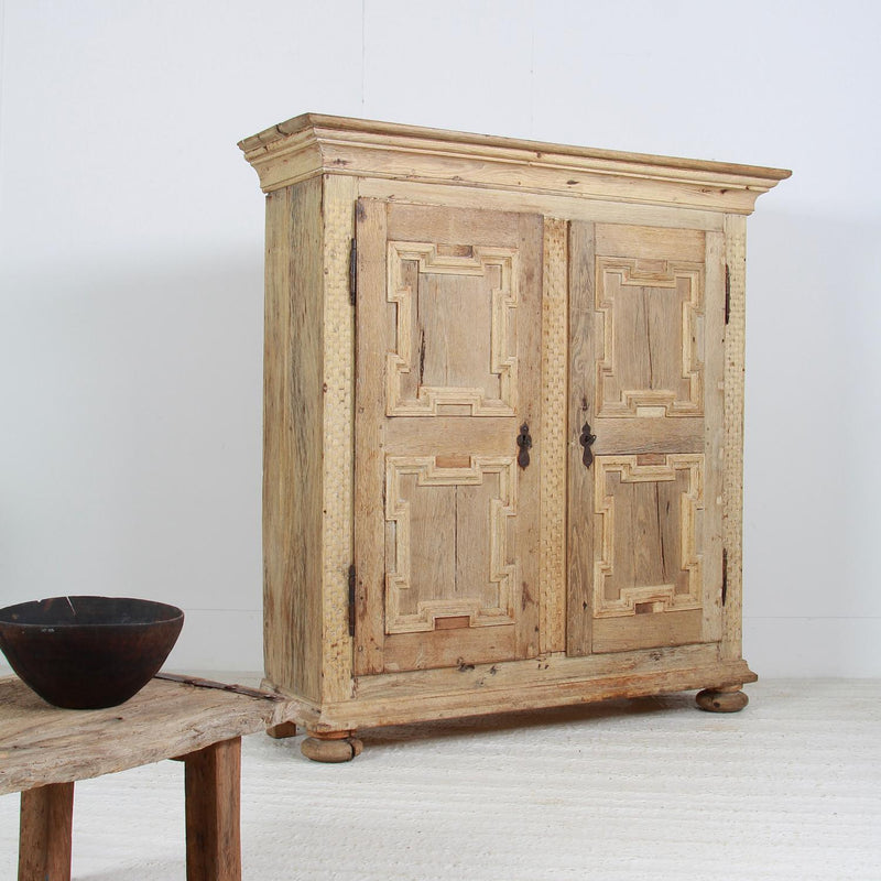 RUSTIC  SWEDISH PERIOD 18TH CENTURY OAK BAROQUE CABINET