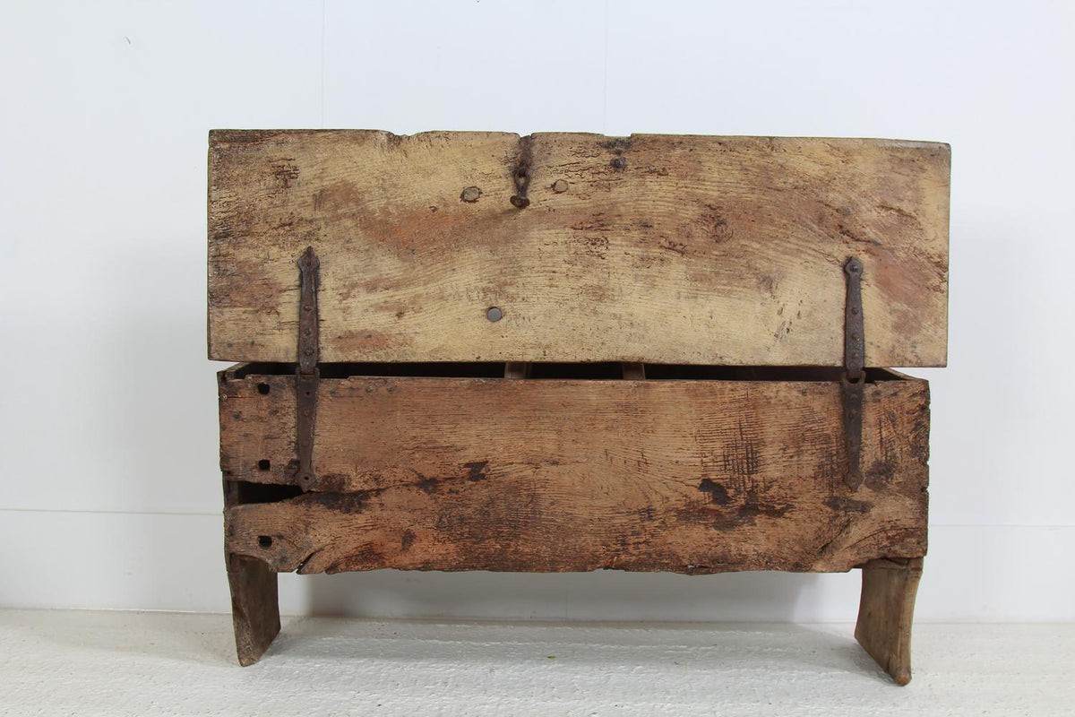 Ancient and Primitive English  17thC Oak Trunk