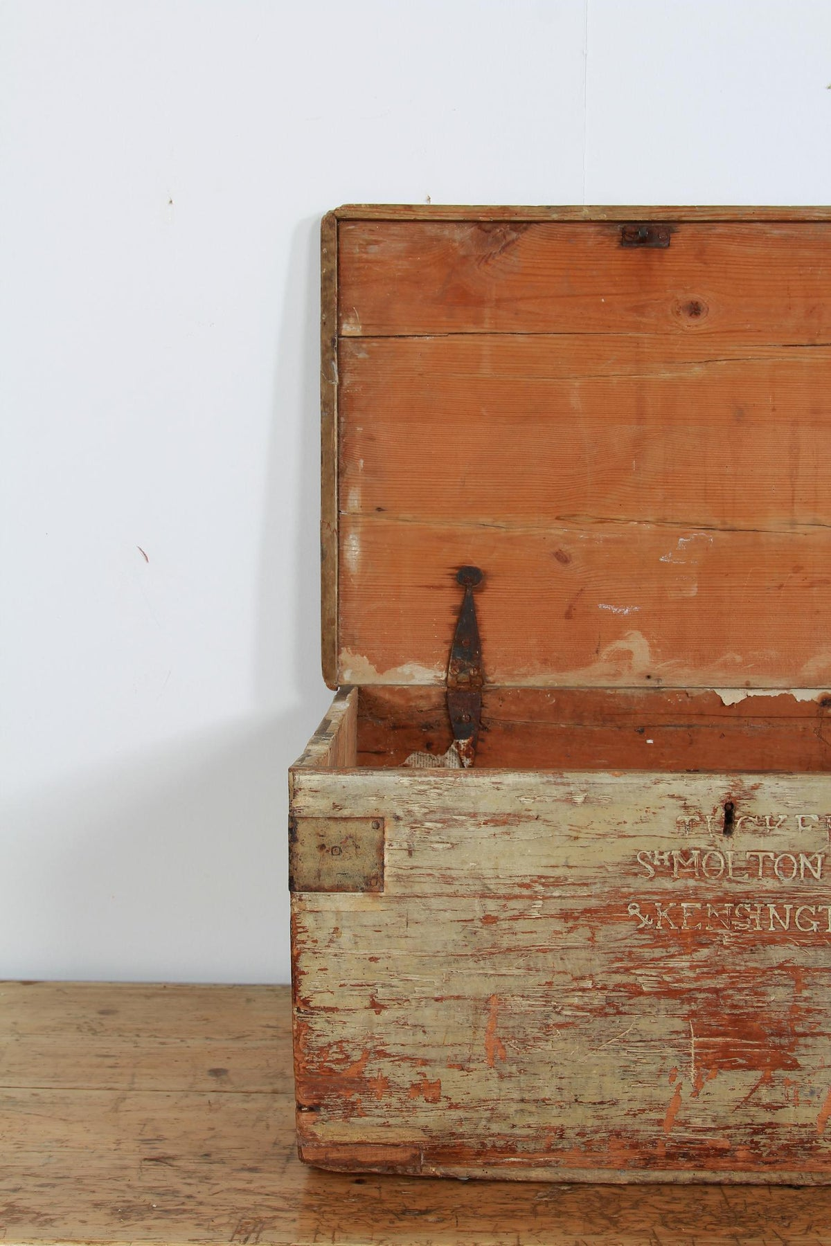 English Early 19th Century Painted Pine Laundry Box