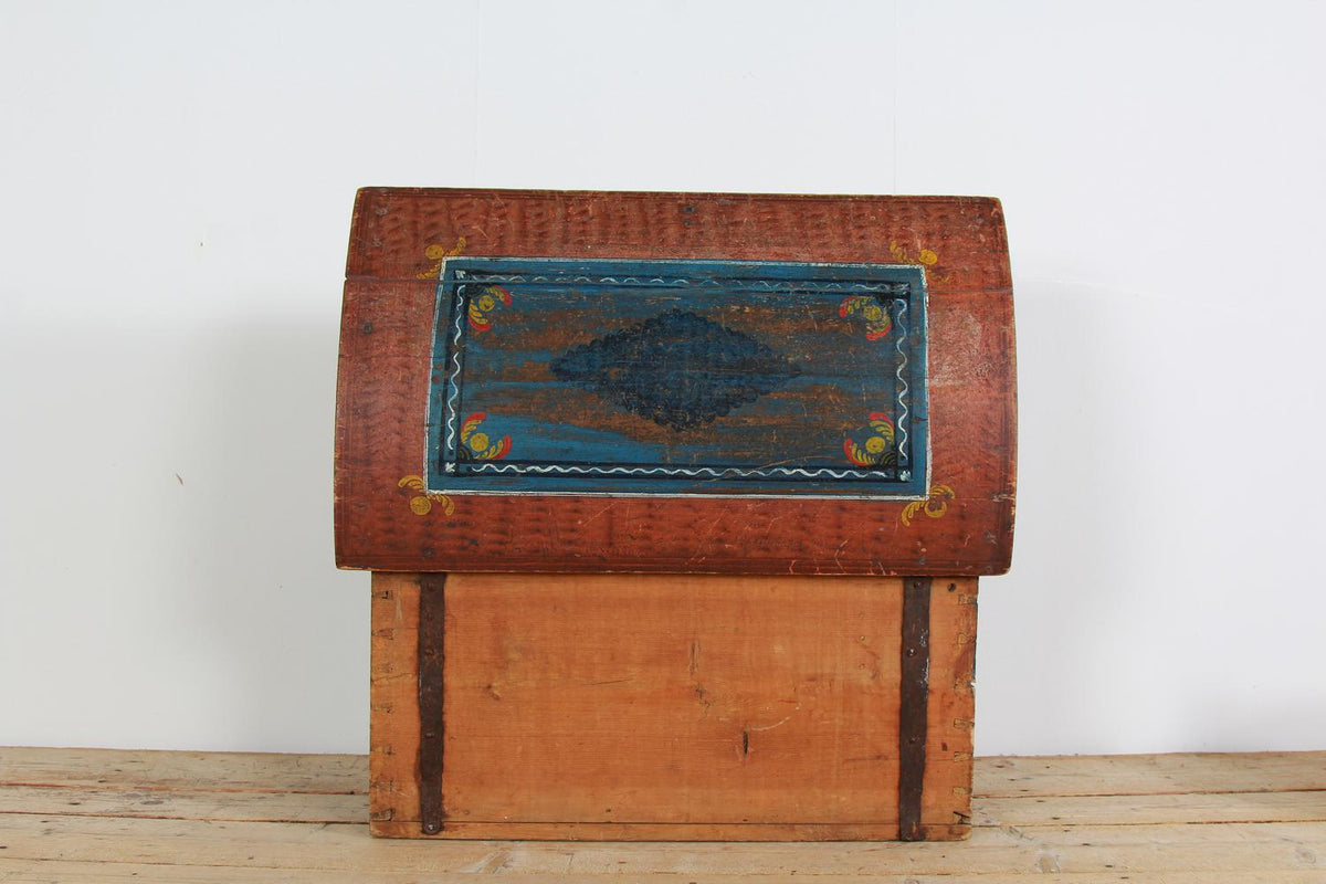 Beautiful Scandinavian 19thC Dome Topped Trunk