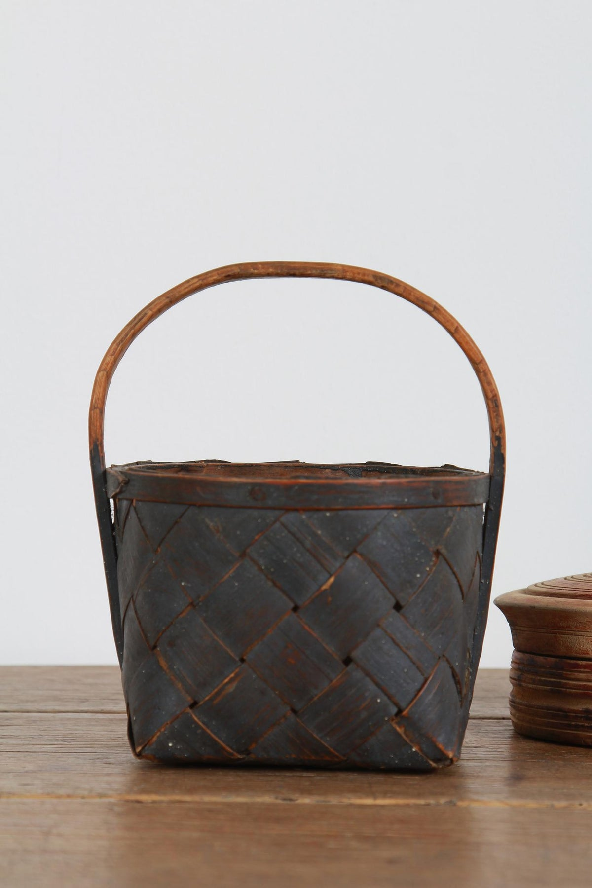 CHARMING SWEDISH 19THC SPLINT WOVEN FOLK ART  BERRY BASKET
