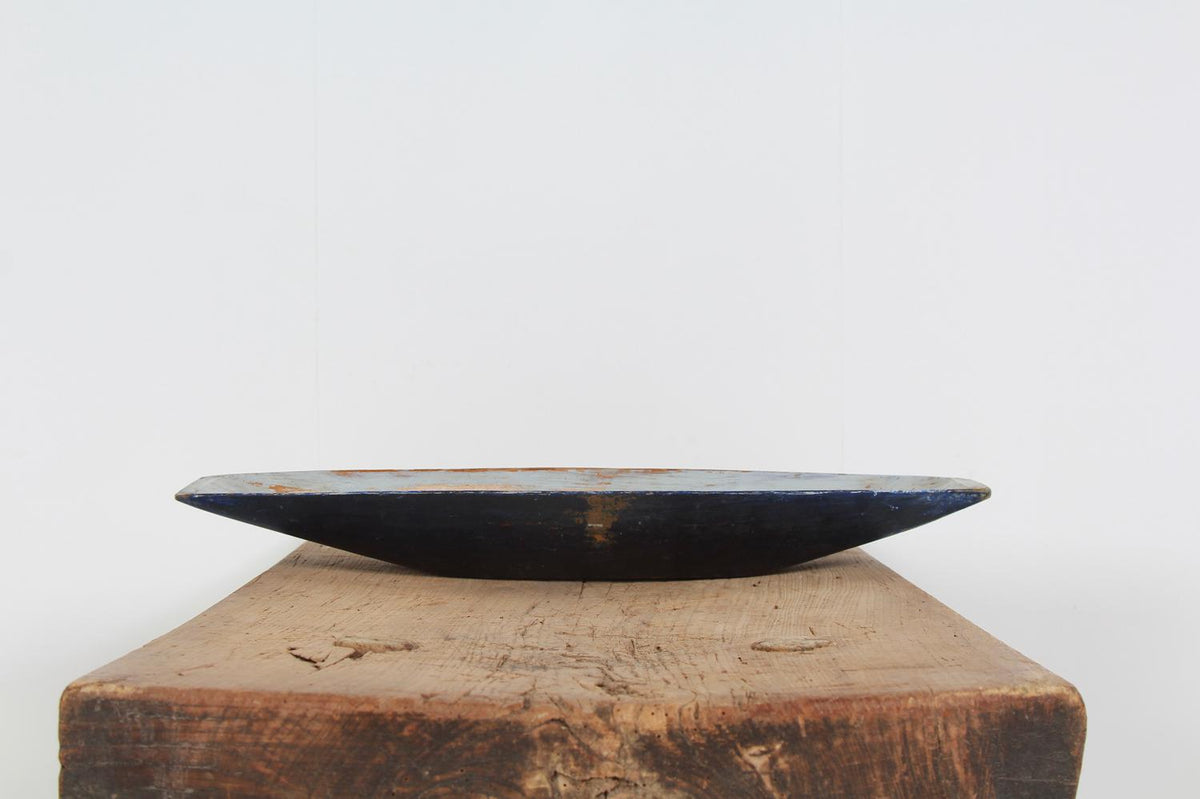 SWEDISH 19THC FOLK ART SALTING TROUGH IN ORIGINAL DARK BLUE PAINT