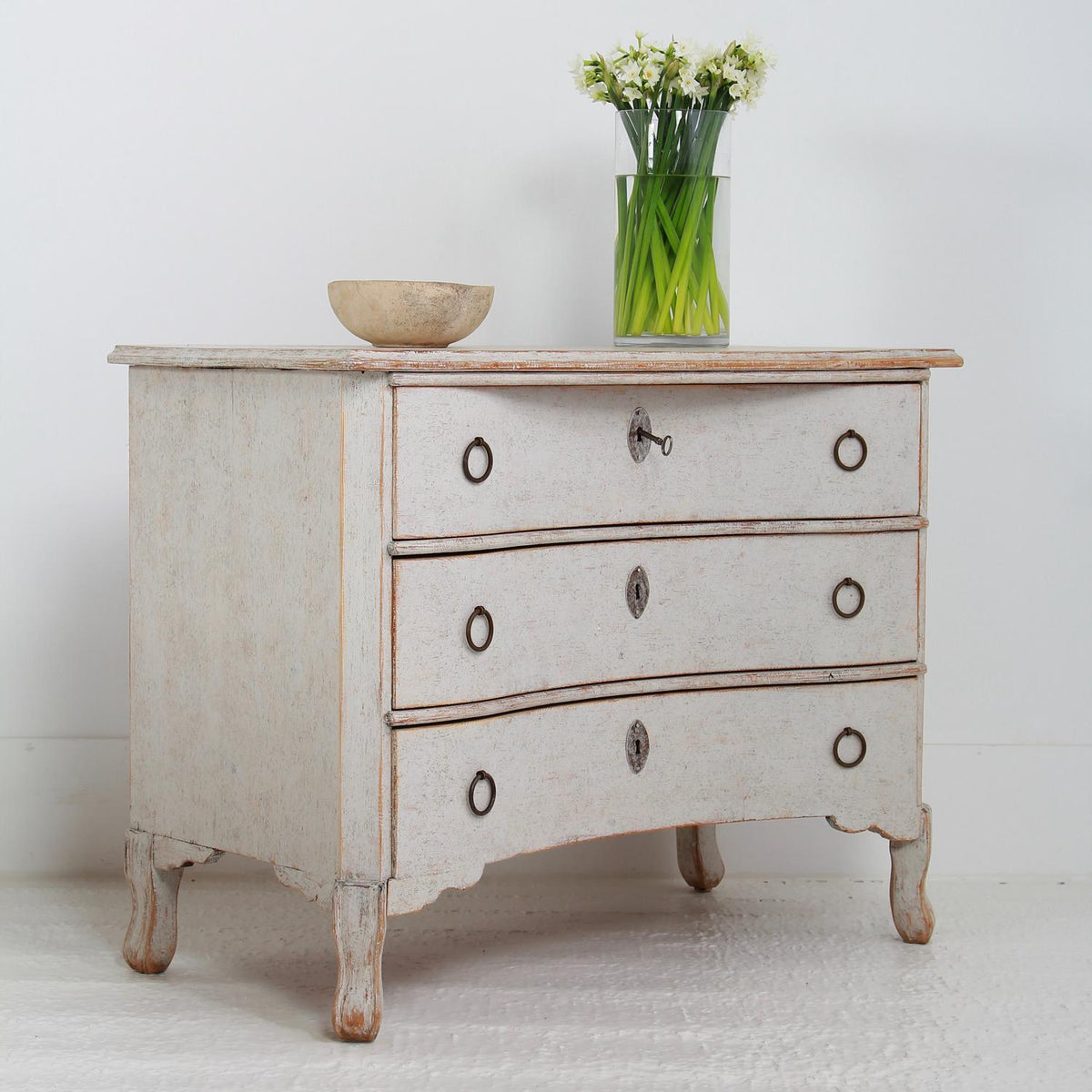 Swedish Late 19thC Commode with Bow Fronted Drawers