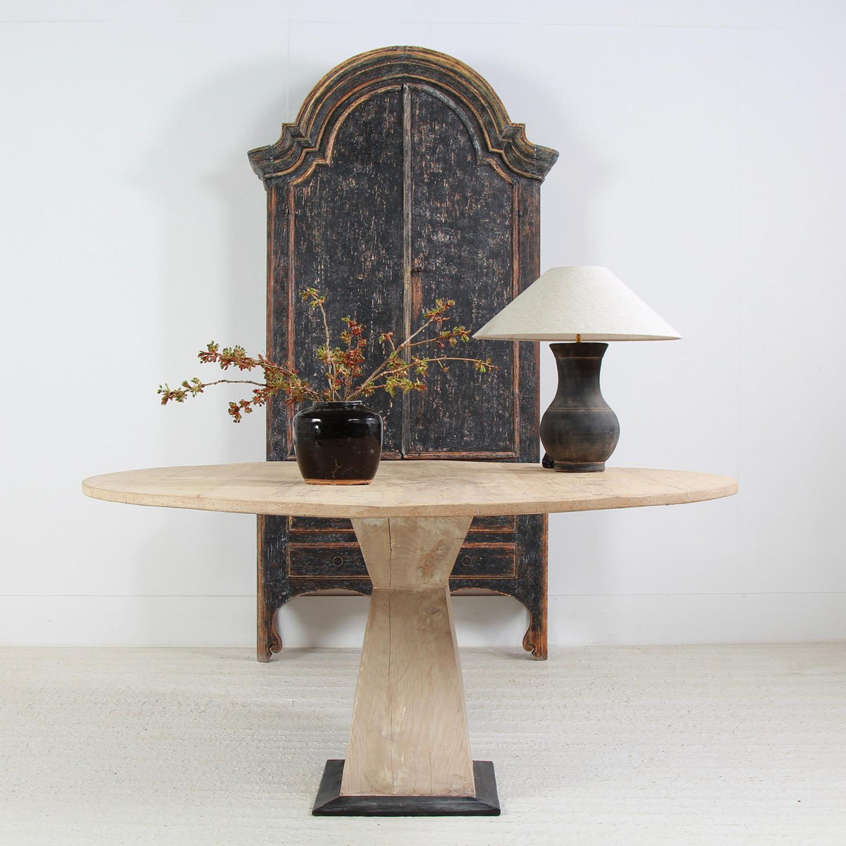 Chinese Han Style Lamp with Belgian Linen Shade