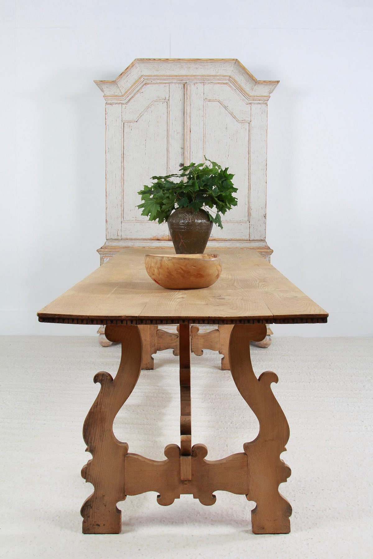 ELEGANT SPANISH 19THC  BLEACHED OAK DINING/CONSOLE TABLE