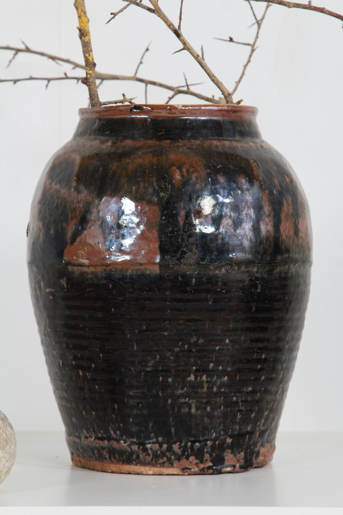 Decorative Black Glazed Chinese 19thC Vinegar Jar