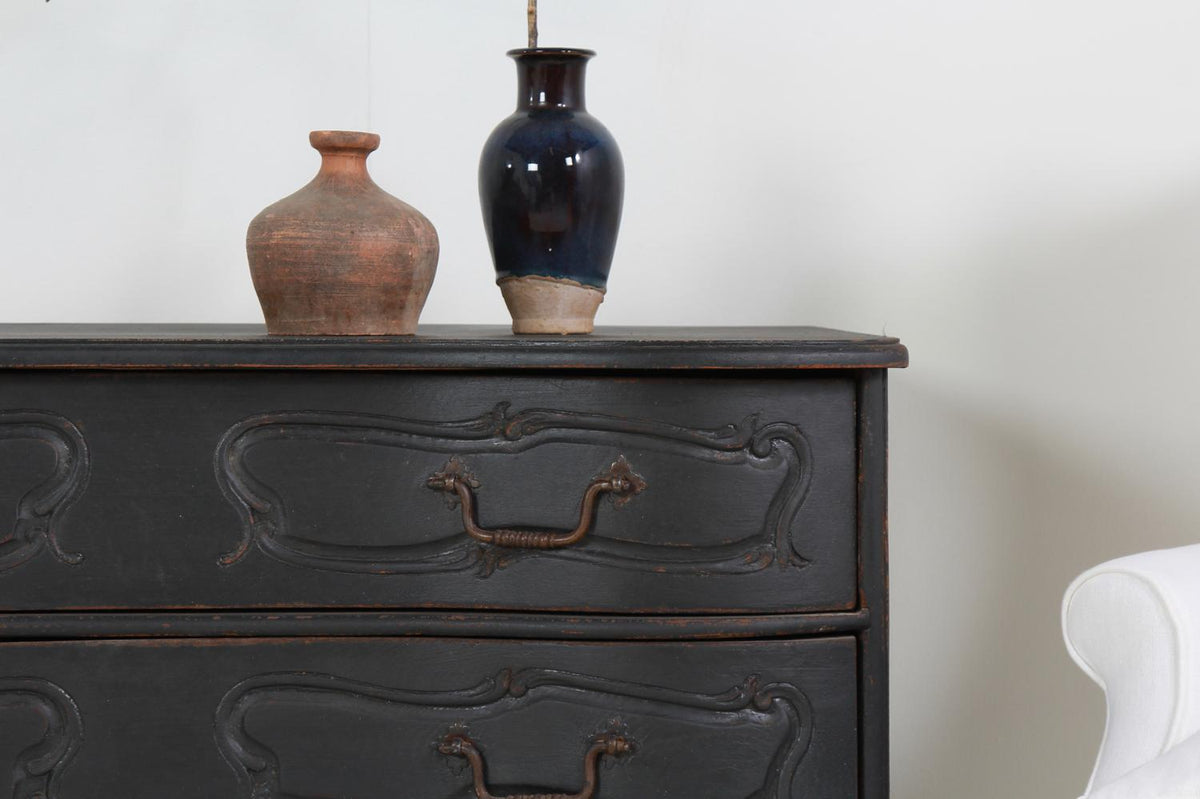 Beautiful Curvaceous Serpentine Danish 19thC Commode