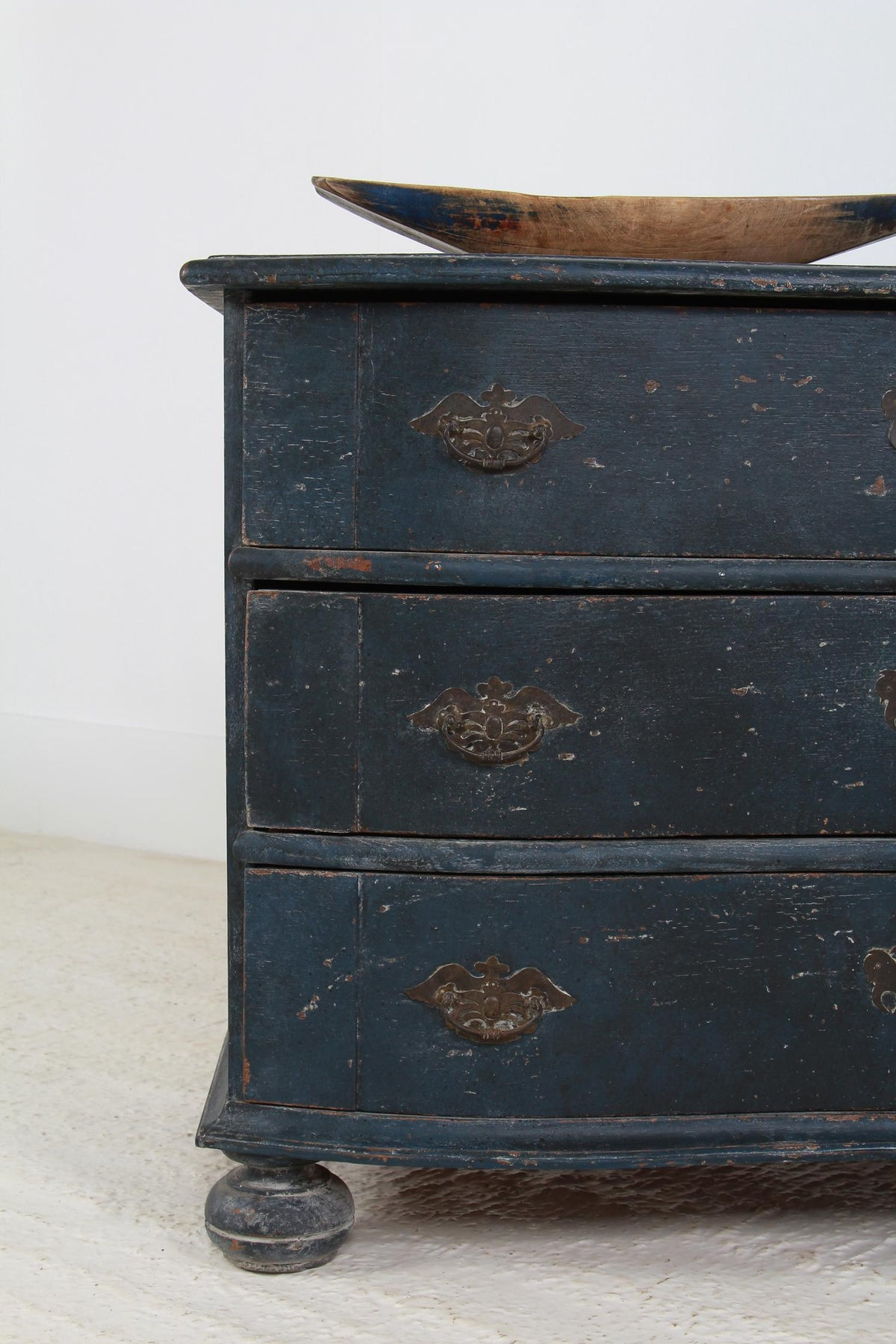 Exceptional French 19th Century Serpentine Chest of Drawers
