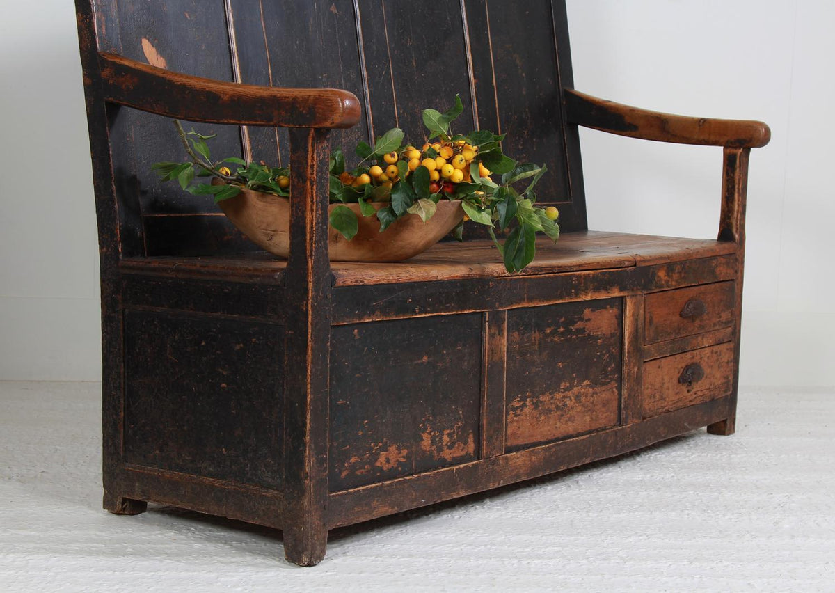 Exceptional Welsh Primitive 18thC Settle/Bench