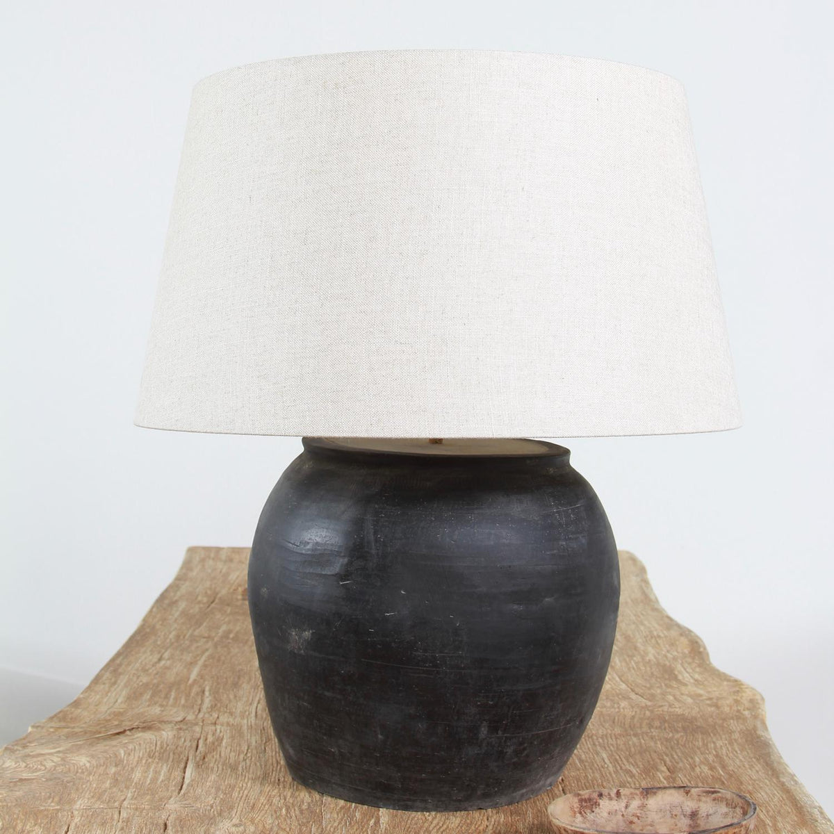 CHINESE GLAZED STORAGE JAR LAMP WITH NATURAL LINEN DRUM SHADE