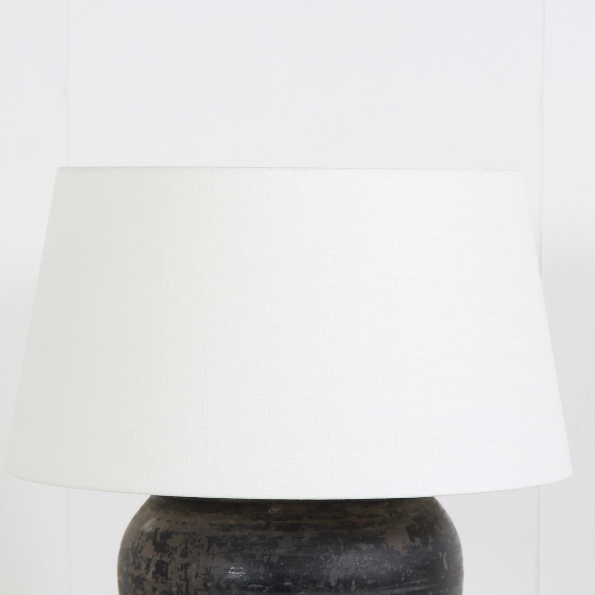 XL BLACK POTTERY LAMP WITH WHITE  LINEN DRUM SHADE