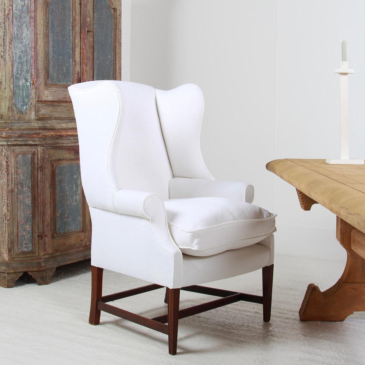 Classic and Elegant ENGLISH 19thC WINGED ARMCHAIR