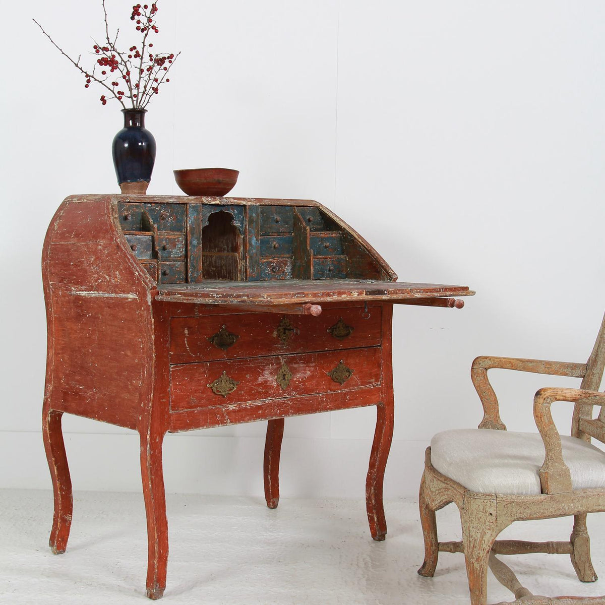 Exquisite 18th Century Swedish Rococo Bureau/Writing Desk