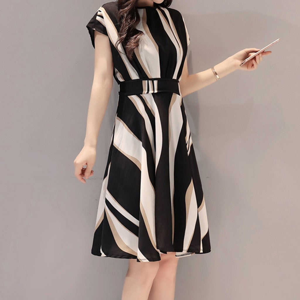 Women Short Sleeve Round Neck Striped Waist Bandwidth Pine Elegant Dress