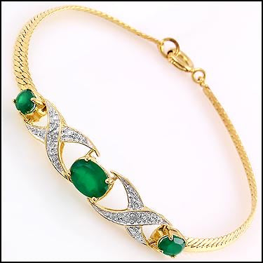 New Gorgeous 18K Yellow Gold Over Solid Sterling Silver Diamonds and 4.70 CTW Emerald 7 Inch Designer Bracelet