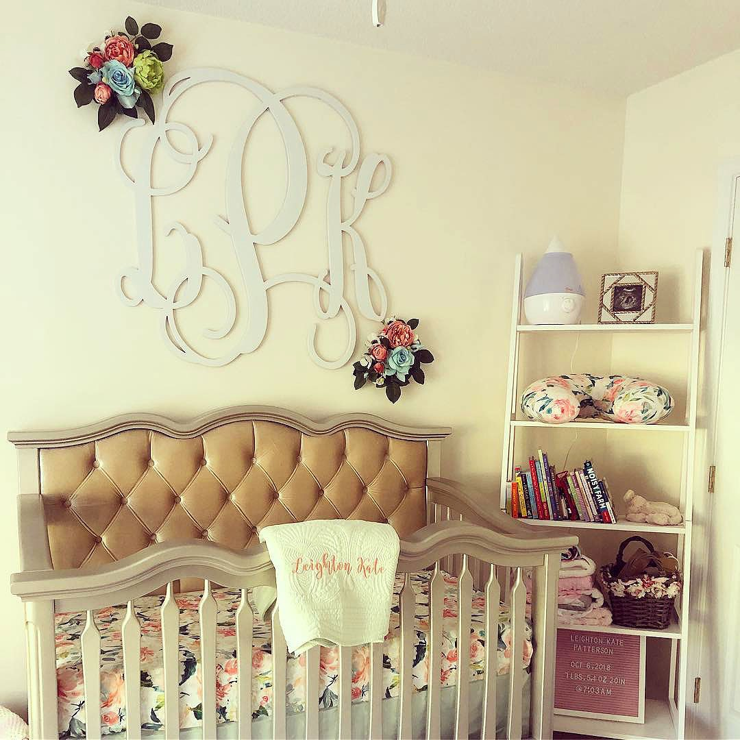 Tufted Solid Wood Baby Crib