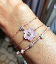 Load image into Gallery viewer, Flower Pink Bracelet