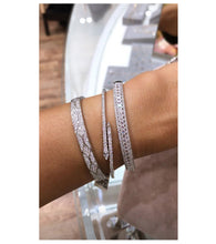 Load image into Gallery viewer, Radiance Bangle