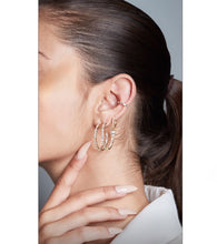 Load image into Gallery viewer, Baguette Ear Cuff