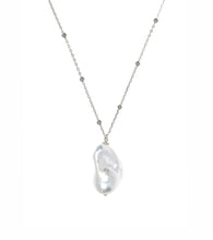 Load image into Gallery viewer, Baroque Pearl Necklace