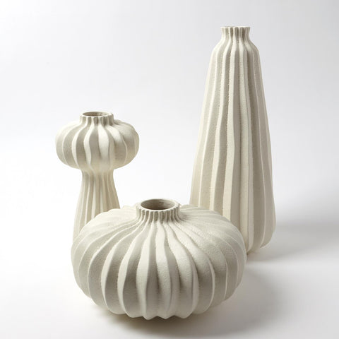 COMING SOON : Theo Vases