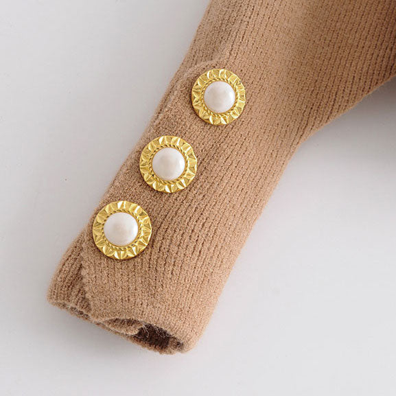 miss-golightly-shop-pearl-buttons-studs-sweater