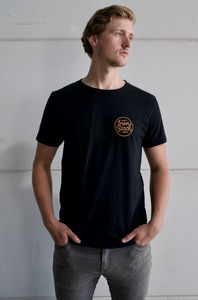 IRON BLACK LOGO TEE BLACK