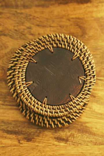 Circle Wood Wicker Coaster Set