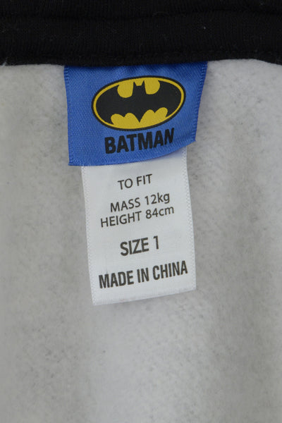 DC Comics Batman baby onesie clothing tag.